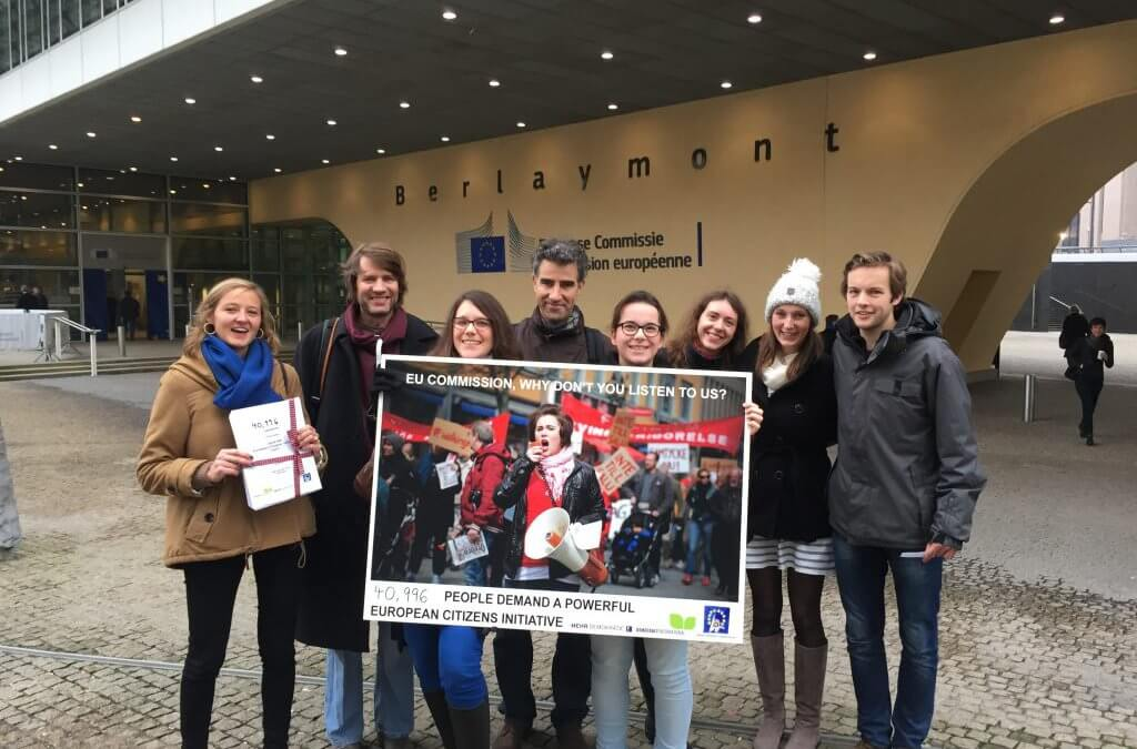 Campaigners hand over citizens' demand for a friendlier ECI to the European Commission